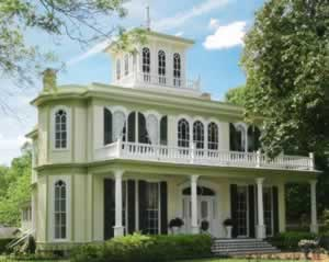 The House of the Seasons, one the many fine lodging experiences in Jefferson, Texas