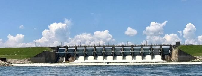 Lake Livingston Dam