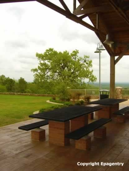 Picnic area and shelter at Love's Lookout Park on U.S. Highway 69 north of Jacksonville, Texas