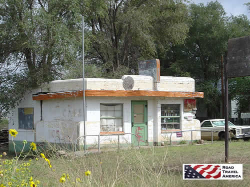 The Little Juarez Cafe, in the ghost town of Glenrio, on the Texas-New Mexico border