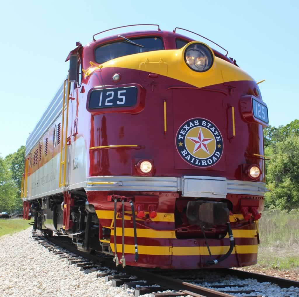 Texas State Railroad diesel locomotive No. 125