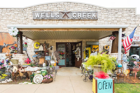 Wells Creek Crossing, Palestine, Texas